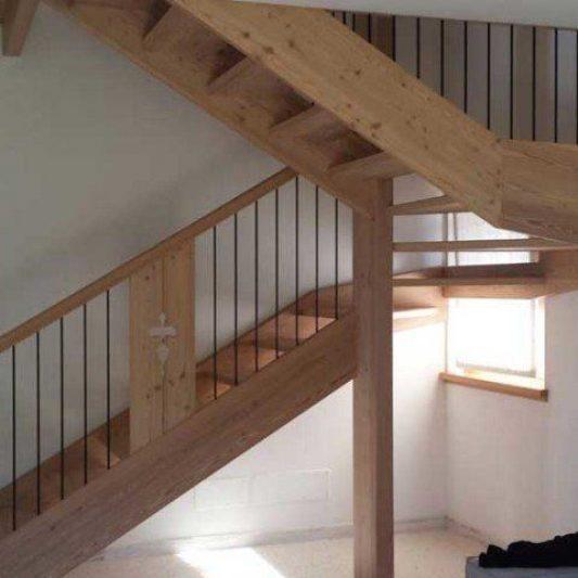 scala-legno-larice-salotto-848x480-1920w